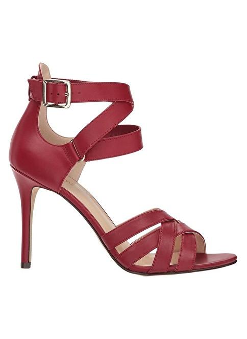 Nine West İnce Topuklu Deri Sandalet Kırmızı